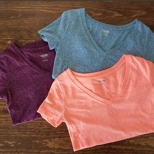 Set of 3 Mossimo v-neck t-shirts